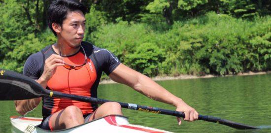 健康産業新聞_小松選手写真【撮影SAS】
